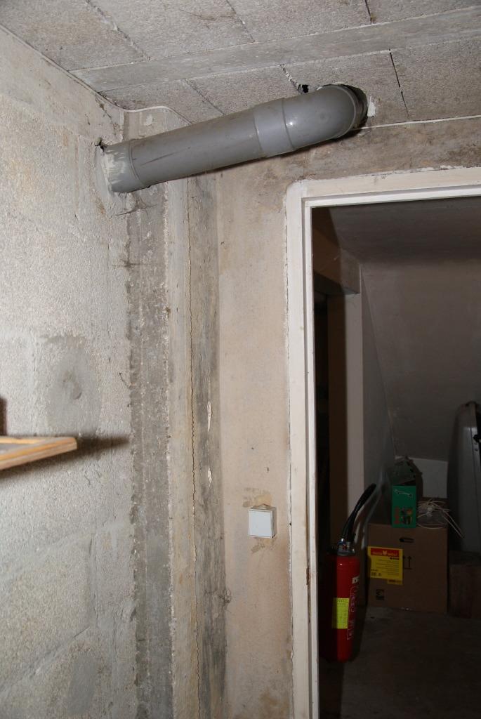 Prise dans les wc en boite de nuit - 3 part 2